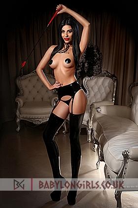 Desirable Dyana brunette 5ft 4, 34C