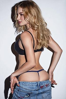 Captivating Avanell blonde 5ft 7, 34B