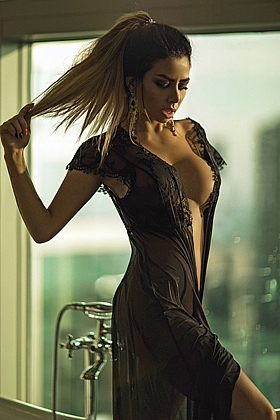 Zara beautiful brunette, 34D