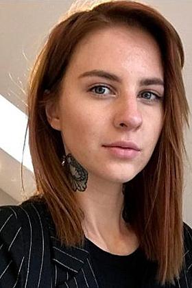 Charismatic Elisha brunette 5ft 8, 32A