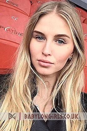 23 yrs Sasha  pleasing blonde, 34B