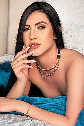 22 yrs Sonia sexy brunette, 34B