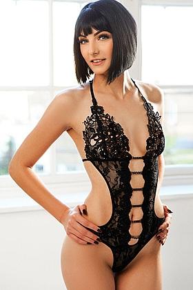 Gorgeous brunette Ligia
