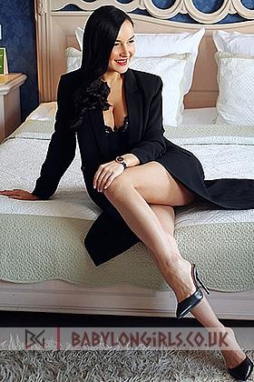 Seductive Lexi  brunette 5ft 5, 34D