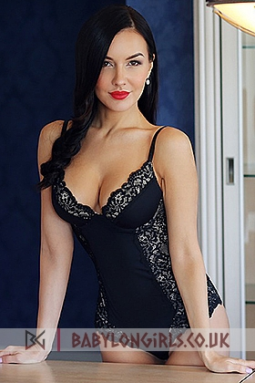Lexi , 34D, captivating brunette 23 yrs