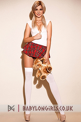 5ft 5, 34B, sexy blonde Amber