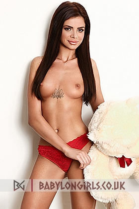 Ellyn slim brunette escort, 34A
