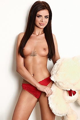 Ellyn captivating brunette, 34A