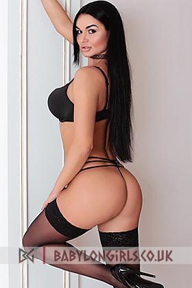 Roxy  dazzling brunette, 34C