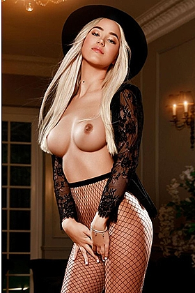 Carmi, 34B, active blonde 19 yrs