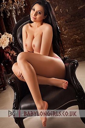 5ft 7, 34D, captivating brunette Crystal
