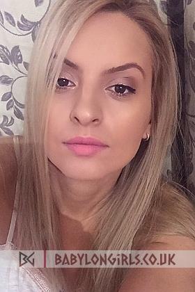 5ft 5, 34D, seductive blonde Gemma