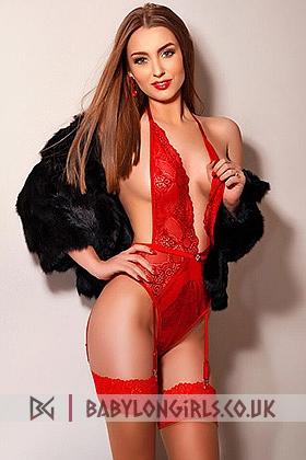Steffi sensual brunette, 34B