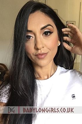 Beautiful brunette Sophi