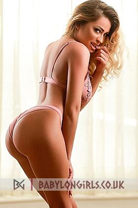 5ft 4, 34D, gorgeous blonde Aguna