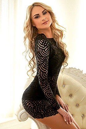 Alma, 34C, gorgeous blonde 23 yrs