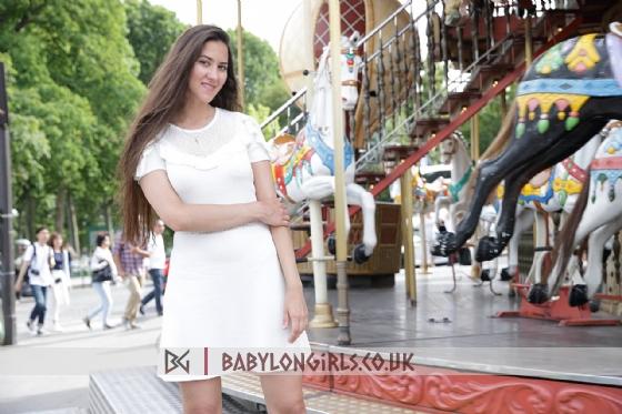 Diva beautiful brunette, 34B