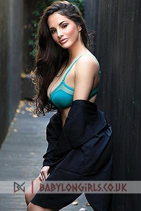 Arlene beautiful brunette, 34D