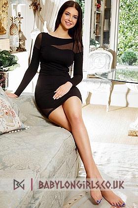 Diamont, 34B, gorgeous brunette 19 yrs
