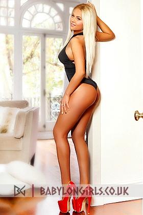 Zasha beautiful blonde, 34DD