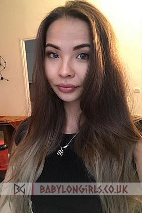 Mona, 34B, seductive brunette 19 yrs
