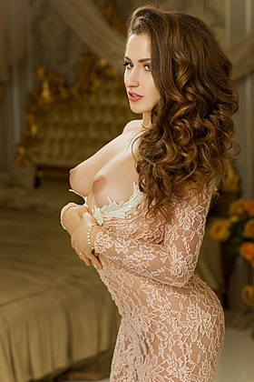 5ft 5, 34C, captivating brunette Bogdana