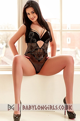 23 yrs Abigail beautiful brunette, 34C