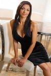 Sophi sexy brunette, 32D